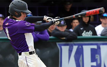 Matt von Roemer '14 gets 200th Career Hit for Kenyon in sweep of Oberlin